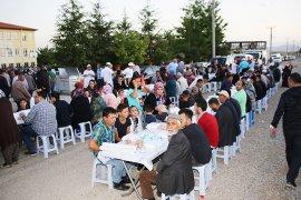 İftar Sofrası Fatih Mahallesi'ne Kuruldu
