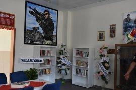 Gönüllülerden Okul Kütüphanesine Destek