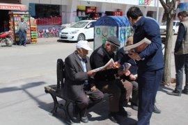 AK Parti Karaman 1 Günde 50 Bin Gazete Dağıttı