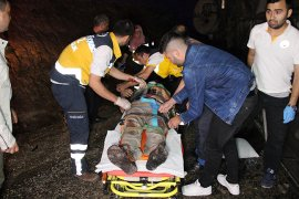 Karaman'da otobüs devrildi: 3 ölü, 40 yaralı