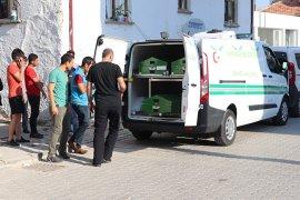 Karaman'da bir genç, evin avlusundaki kanepede ölmüş olarak bulundu