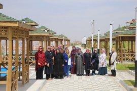 Belediyeden Hanımlara Şehir Gezisi