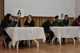 Liseler Arası Bilgi ve Genel Kültür Yarışmasının Finali Nefes Kesti