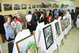 Mümine Hatun Kültür Merkezi Yılsonu Sergisi Açtı