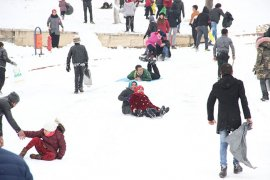Karaman Kalesi ünlü kayak merkezlerini aratmadı