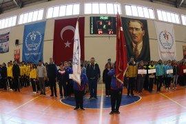 Analig Hentbol Çeyrek Final Müsabakaları Başladı