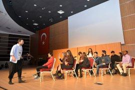 Mevzuathane Ve Kadına Yönelik Şiddet'   İsimli Tiyatro Oyunları İzleyiciyle Buluştu
