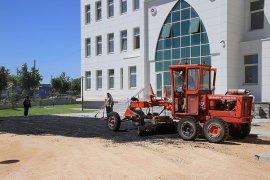Belediye Ekipleri Yeni Adliye Binasında Asfalt Çalışması Yaptı