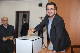 Belediye Meclisinde Komisyon Ve Encümen Üyeleri Belirlendi