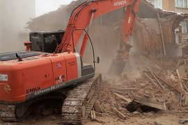 Karaman Metruk Binalardan Kurtarılıyor