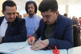 Karamanlılar Recep Tayyip Erdoğan İçin Bağış Kampanyasına Katıldı