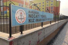 Necati Yeniel Kız İmamhatip Ortaokulu Yolu Asfaltlandı