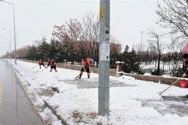 Belediye Kar Temizleme Çalışmalarında Gece Gündüz Sahadaydı
