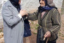 Zehra Meral'den Huzurevi Sakinlerine Sürpriz Ziyaret