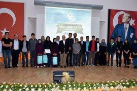 Liseler Arası Bilgi Yarışmasının Finali Nefes Kesti