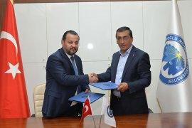 KMÜ İle Karaman Ticaret Borsası Arasında İşbirliği Protokolü