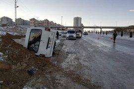 Karaman'da buzlanma nedeniyle çok sayıda kaza meydana geldi