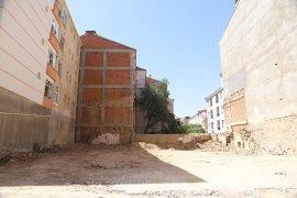 Boş Arsalarda Ve Metruk Binalarda Çözüm Odaklı Uygulama