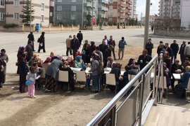 MHP'nin Seçim Tırı Mahalle Etkinliklerine Devam Ediyor