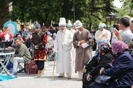 Hz. Mevlana Karaman'dan temsili olarak Konya'ya uğurlandı