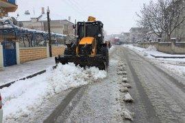 Belediyeden Kar Yağışına Anında Müdahale