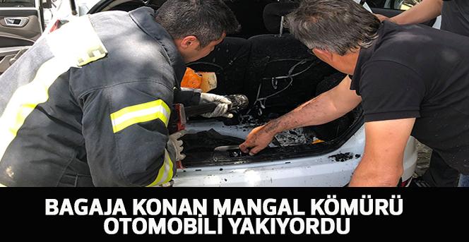 Bagaja konan mangal kömürü otomobili yakıyordu