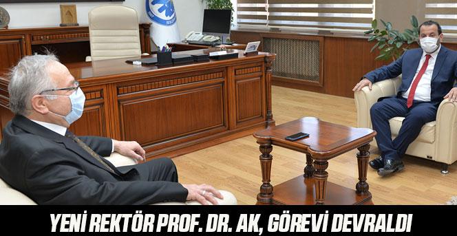 Yeni Rektör Prof. Dr. Ak, Görevi Devraldı