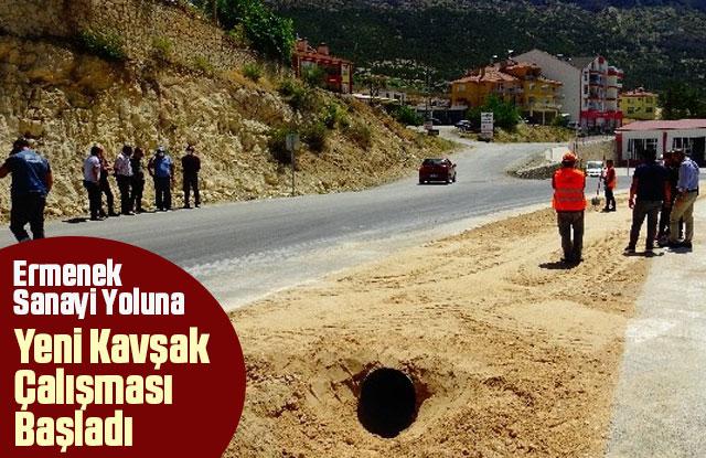 Ermenek'te sanayi yoluna yeni kavşak çalışması
